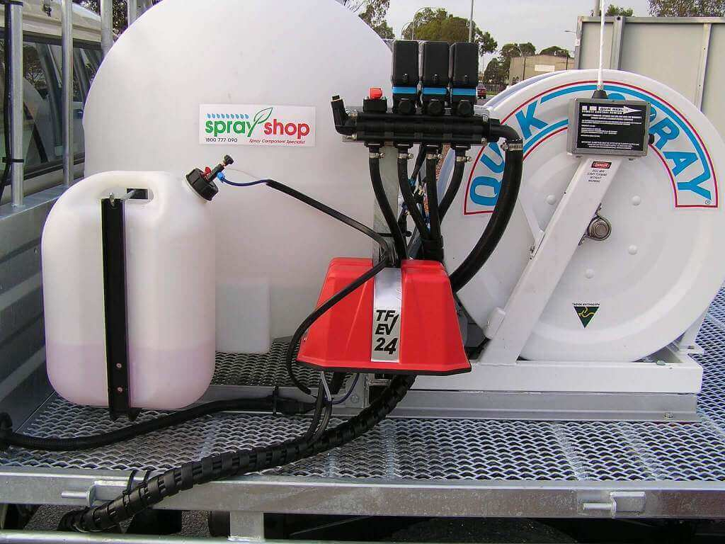 Custom parks and garden turf sprayer mounted on a Toyota Land Cruiser