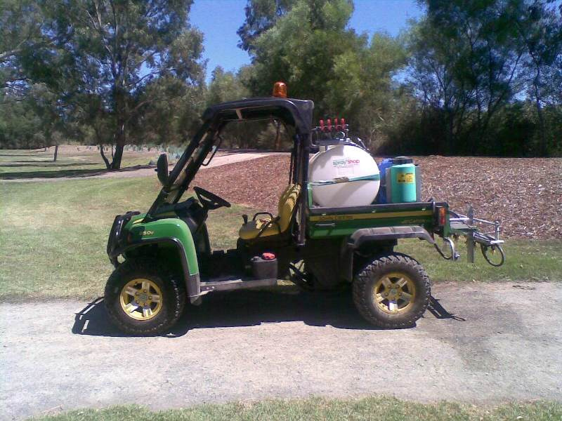 200-litre spray rig with John Deer Gator.